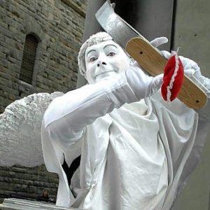 Artista di strada, statua vivente